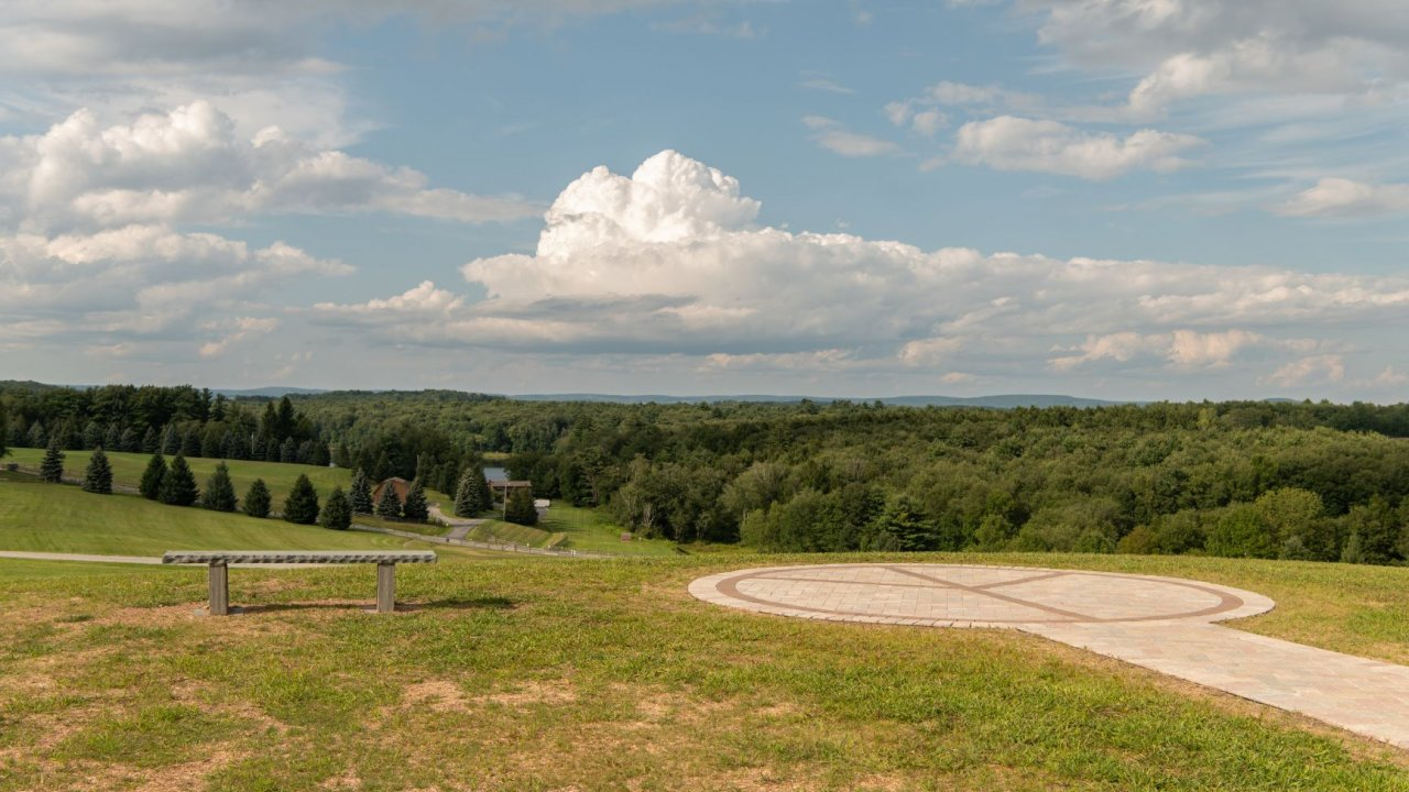 peace overlook at bethel woods