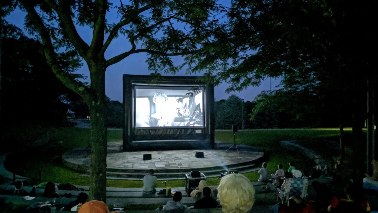 outdoor film festivals at bethel woods