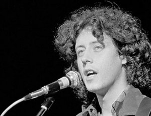 Arlo Guthrie performing at Woodstock