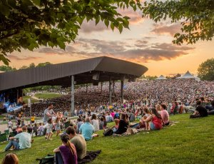 pavilion concert at Bethel Woods