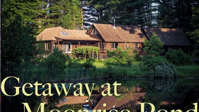 getaway at Moonrise Pond
